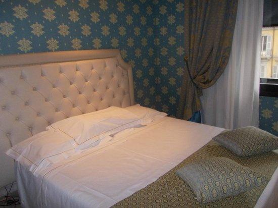 Hotel Pierre Milano: La habitación