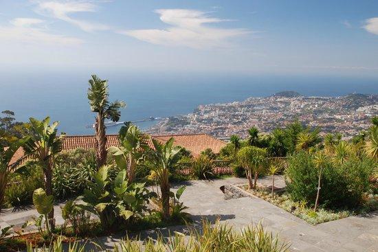 Choupana Hills Resort & Spa: 800 m hill upon Funchal