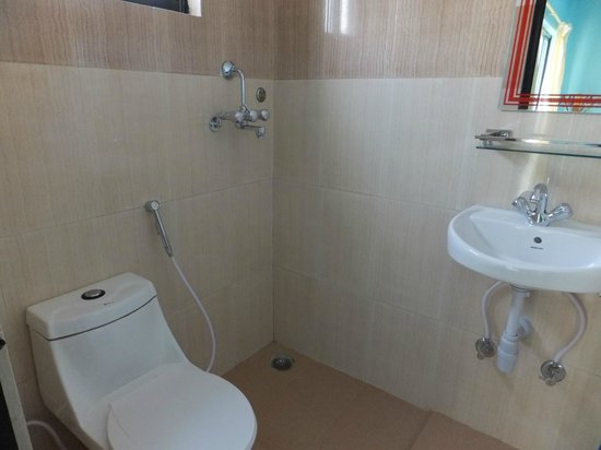 The North Face Inn: Bathroom (3rd floor)