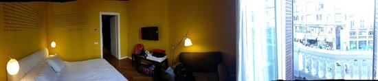 IBEROSTAR Las Letras Gran Vía: Inside the room