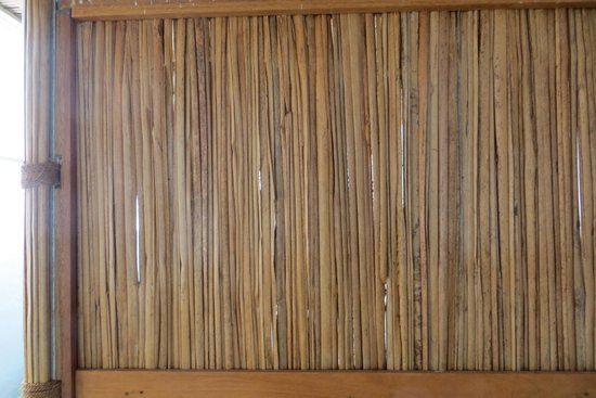 Vanilla House: bamboo outdoor separations