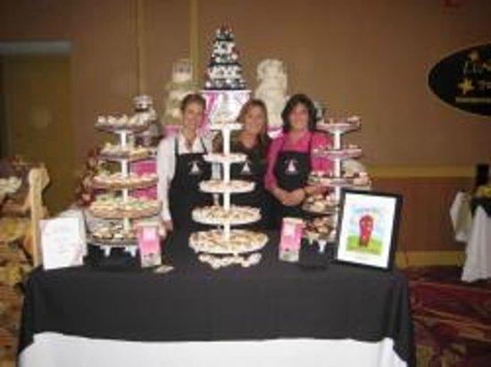Aunty Ellen's Creative Confections: We won Best Dessert!