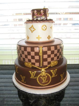 Aunty Ellen's Creative Confections: For the Louis Vuitton lover in your life.
