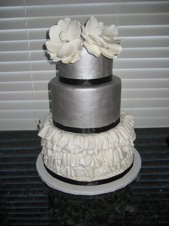 Aunty Ellen's Creative Confections: A beautiful silver with a white flare wedding cake
