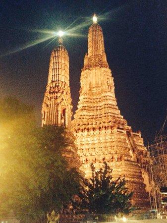 Templo del Amanecer (Wat Arun): März 2014