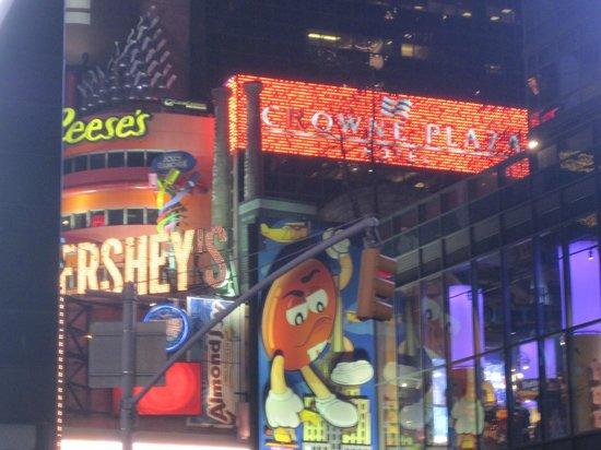 Crowne Plaza Times Square Manhattan: Perfecte locatie nabij Times Square