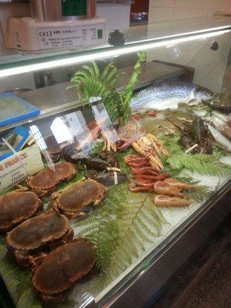 El Parajso: Ottimo pesce freschissimo passione del proprietario gentile ed alla mano unico neo un paese che