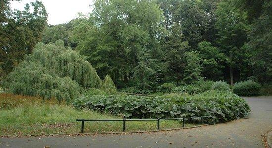 Avenue Deschanel B&B : Surroundings - Josaphat Park