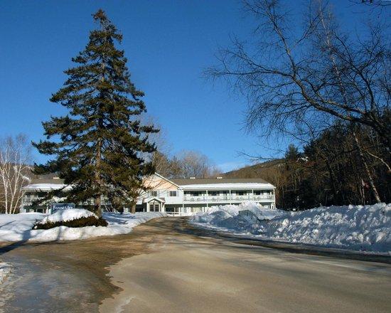 Forest Glen Inn: Winter 2013/2014