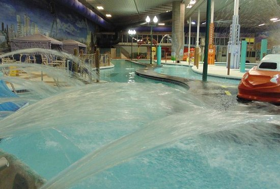Lazy River - Chaos Water Park