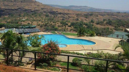 Upper Deck Resort Pvt. Ltd. : Poolside hill view