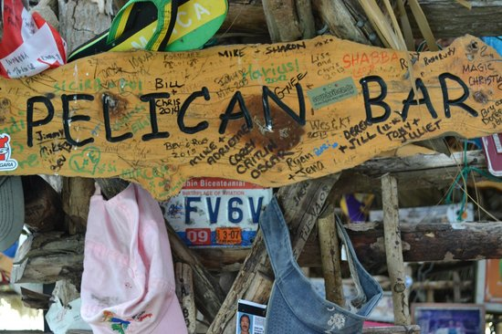 Floyd's Pelican Bar: Pelican Bar decor