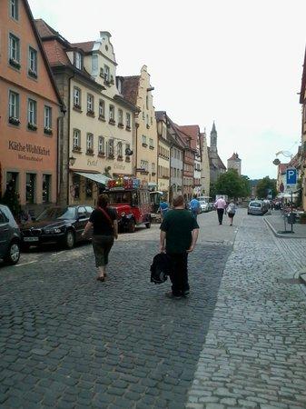 Hotel Eisenhut: La rue de l'hôtel Eisenhut