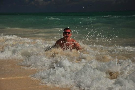 Grand Lucayan, Bahamas: на пляже