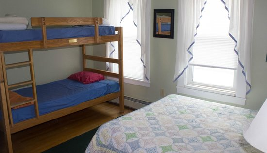 White Mountains Hostel : private with bunk
