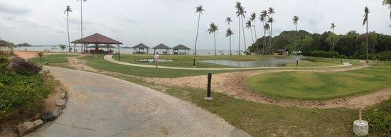 Nirwana Gardens - Nirwana Resort Hotel: beach area