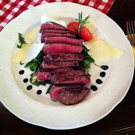 Astoria City Cuisine: Mmmmm... :)