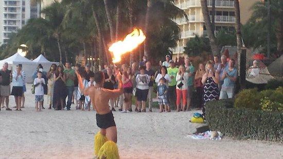JW Marriott Marco Island Beach Resort: Entertainment on the Beach