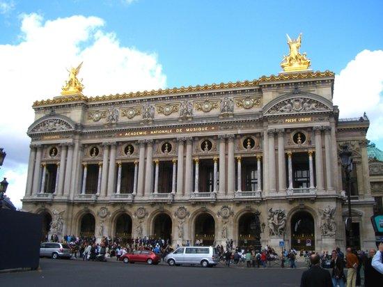 Opera district: L'Opera