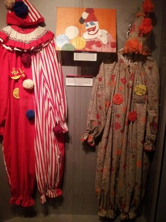National Museum of Crime & Punishment : John Wayne Gacy's clown outfits