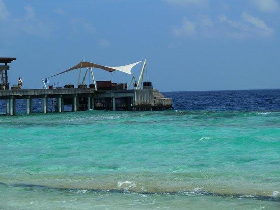 Park Hyatt Maldives Hadahaa: Arrival Jetty