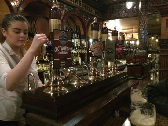 The Crown Liquor Saloon : Great selection of cask ales!