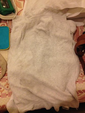 Jarry Hotel: Серые полотенца