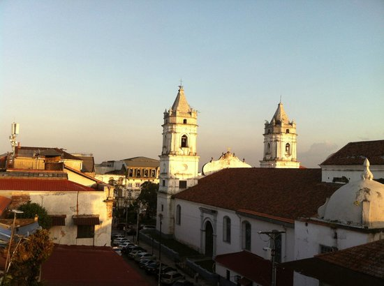 Barefoot Panama: And, loved the view from the rooftop bar in Casco Viejo, the old part of the city.