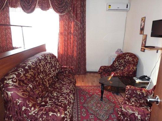Ulpan: Двухместный номер с двумя кроватями