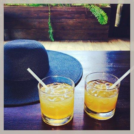 Keyonna Beach Resort Antigua: welcome drinks!