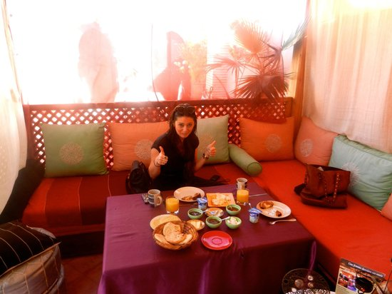 Riad Princesse du Desert: Breakfast in style