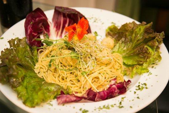 La Mansion Inn: My husband's wedding meal: fettuccini alfredo