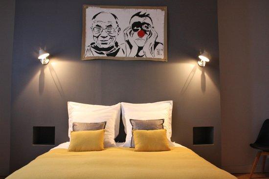 "L'art de vivre bed and breakfast : Suite ""Tri postal"""