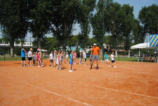 Tennis Academy Villaggio dell'Orologio : vacanze tennis mare