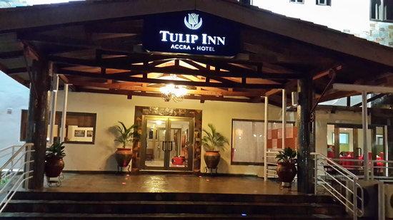 Tulip Inn Accra Hotel: Hotel Enterance