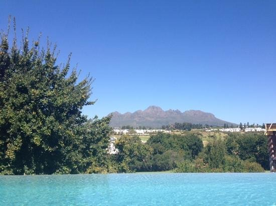 De Zalze Lodge: view from the pool