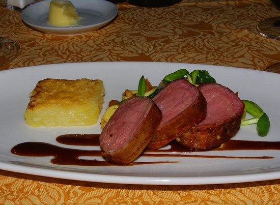 Auberge du Soleil Restaurant : Bacon wrapped veal loin