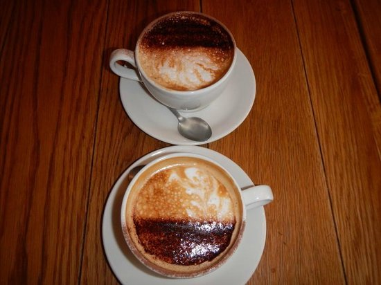 The Laundromat Cafe: Cappuccino