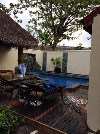 Kurumba Maldives: Deluxe Pool Villa No. 184 view from front door