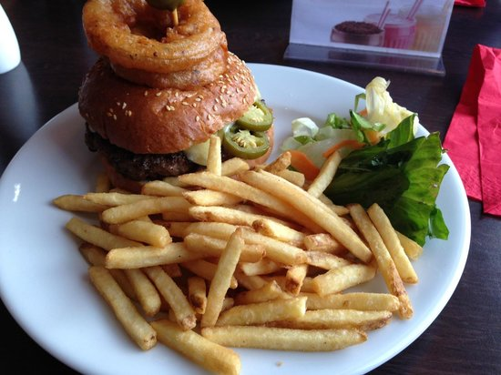 Sam's Steakhouse and Diner: Milwaukee Burger