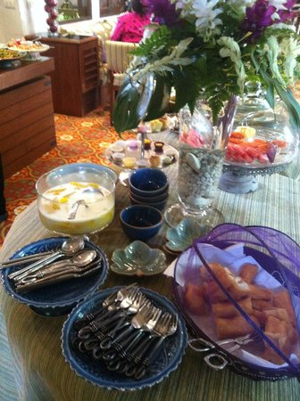At Pingnakorn Hotel Chiangmai: breakfast