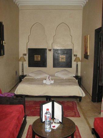 Riad Diana : Zimmer mit Bett