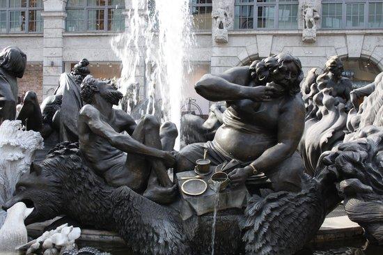 Ehekarussell: Самый необычный фонтан