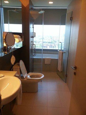 Somerset Ampang Kuala Lumpur : Salle de bain + wc
