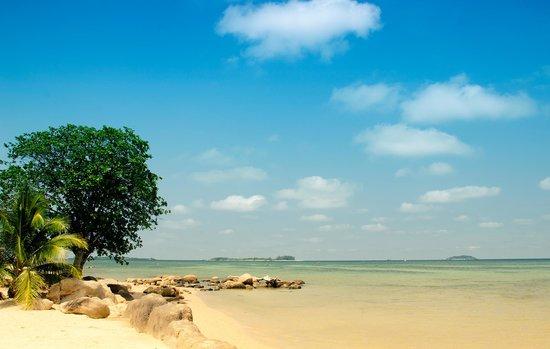 Bintan Cabana Beach Resort : Bintan Agro beach side
