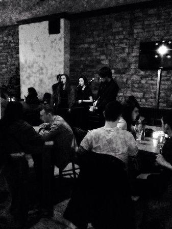 Herbert's Bar: Acoustic Night Every Thursday