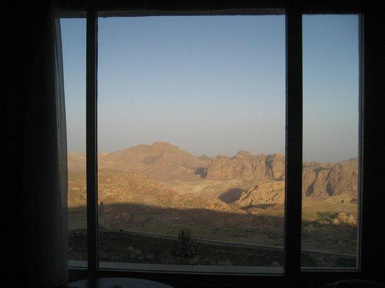 Grand View Resort Petra: ...dalla finestra della nostra camera