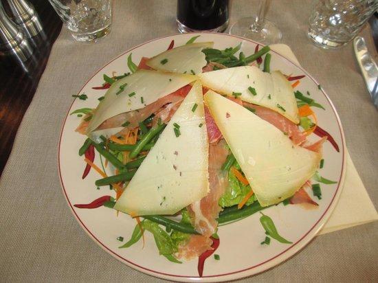 Le Pim'Pi Bistrot : salade gourmande ...