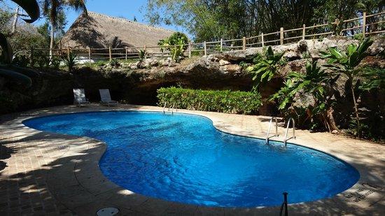 Hotel & Bungalows Mayaland : piscine