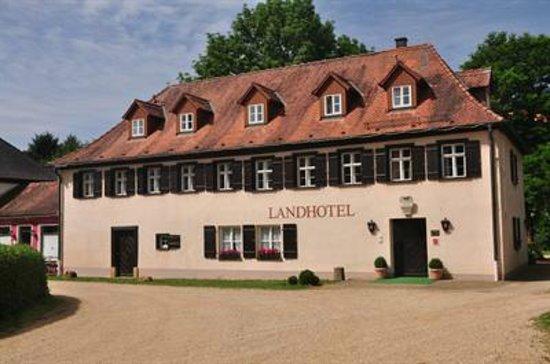 landhotel schloss buttenheim bewertungen fotos preisvergleich deutschland. Black Bedroom Furniture Sets. Home Design Ideas